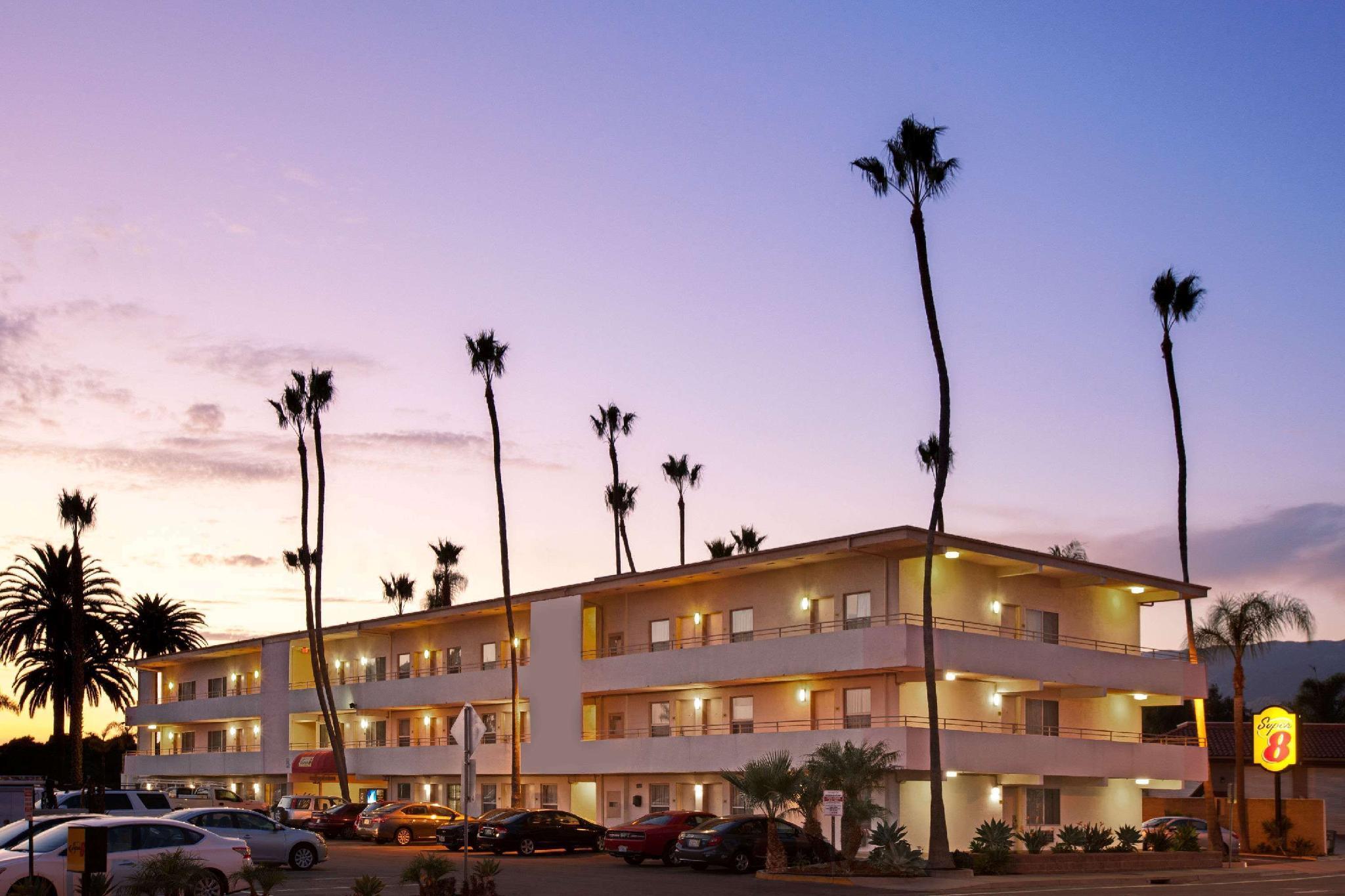 Super 8 By Wyndham Santa Barbara Goleta