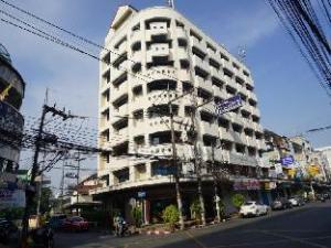 關於塔娜法特哈提艾飯店 (Tanaphat Hatyai Hotel)