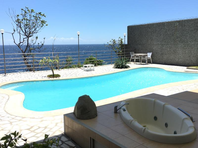 Antulang beach resort dumaguete philippines overview Dumaguete hotels with swimming pool