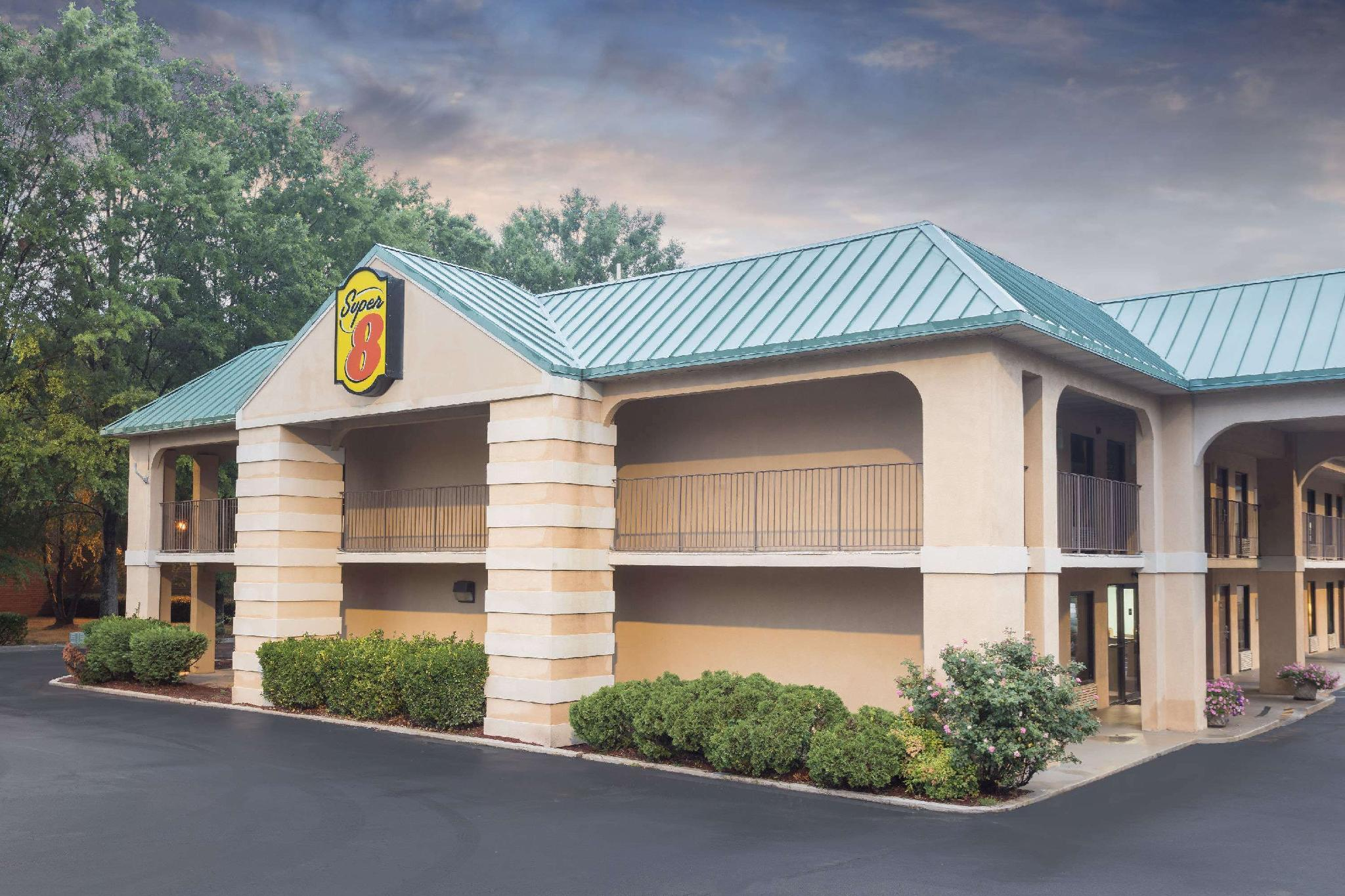 Super 8 By Wyndham Decatur Lithonia Atl Area