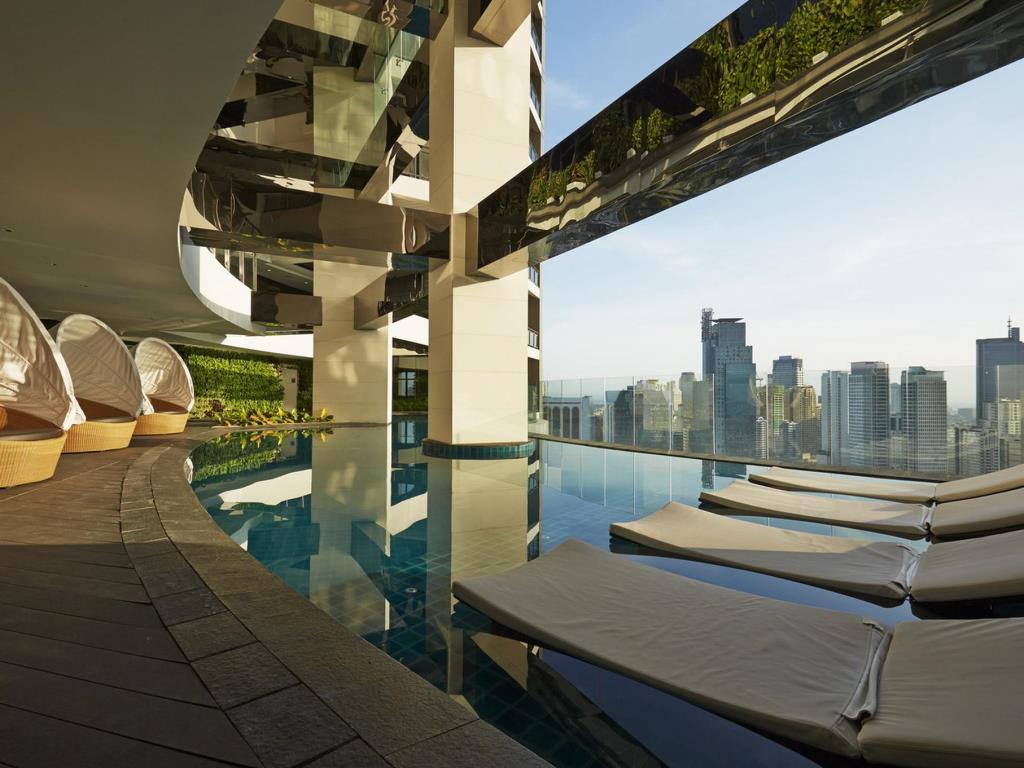 Gramercy Condo With Free Swimming Pool