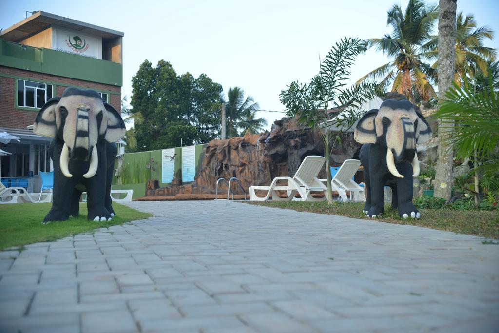 K And K Country Resorts