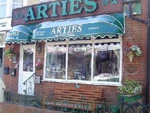 Arties Hotel