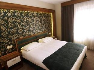 Double Room French Bed