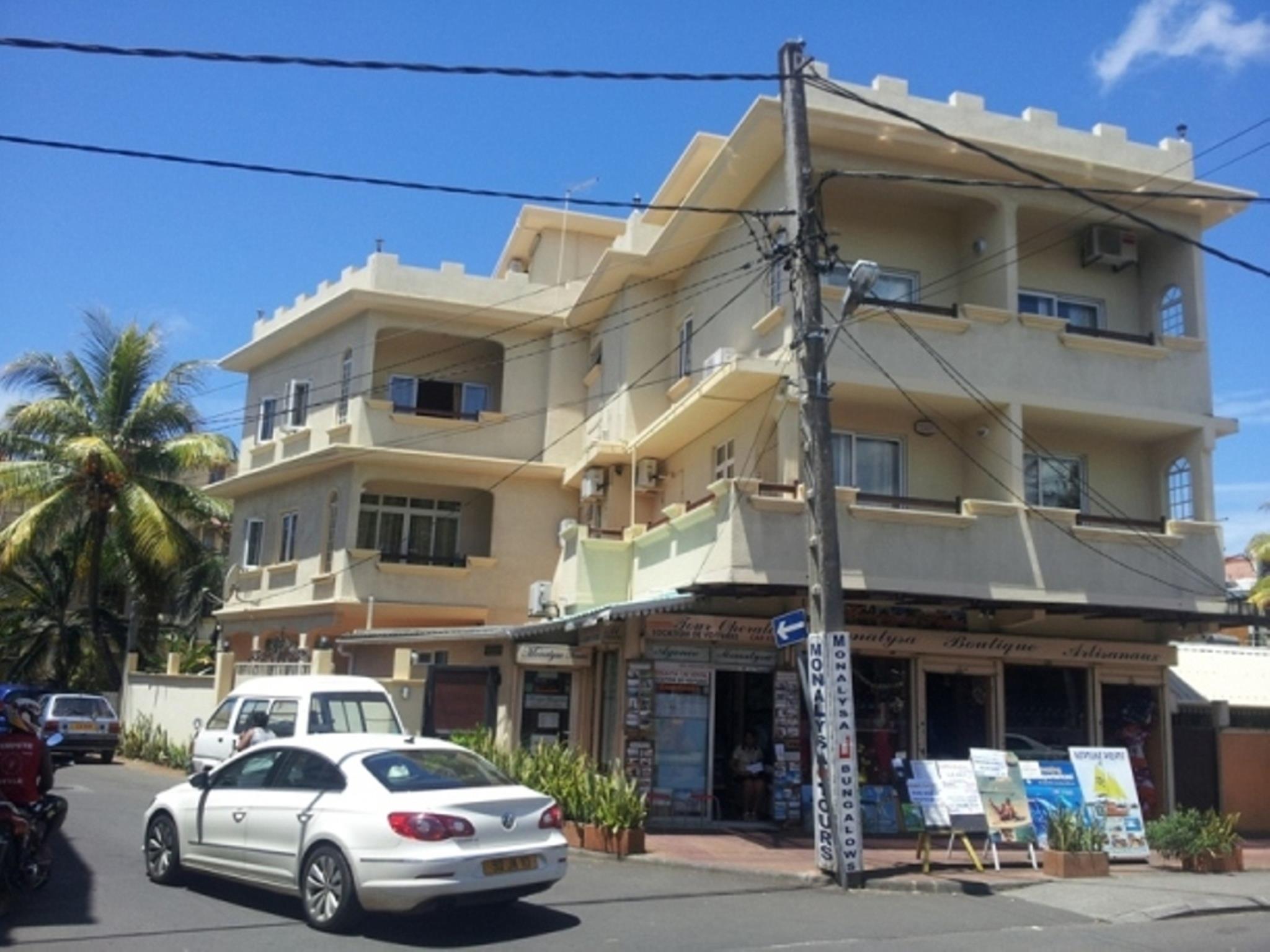 Monalysa Holidays Bungalow Apartment