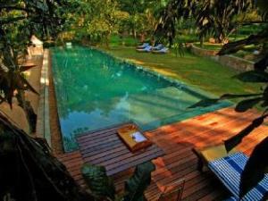 關於伊魯克提亞別墅飯店 (Apa Villa Illuketia)