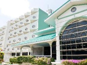 러트니미트라 호텔  (Lertnimitra Hotel)