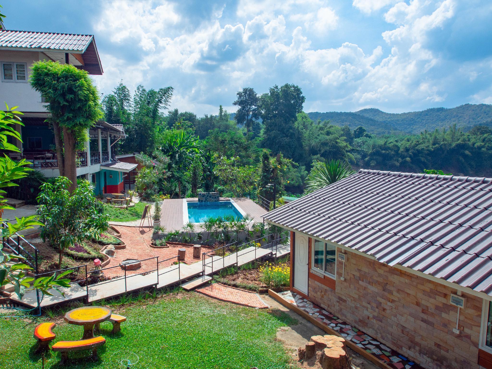 Happiness Resort แฮปปี้เนส รีสอร์ท