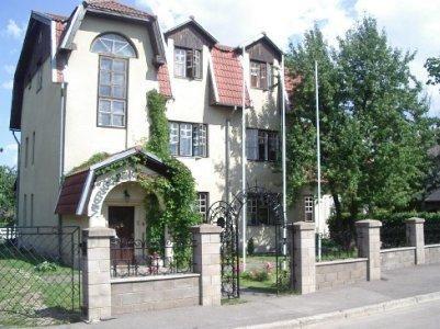 Vikerkaare Villa