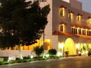 Al Anbat Hotel & Restaurant