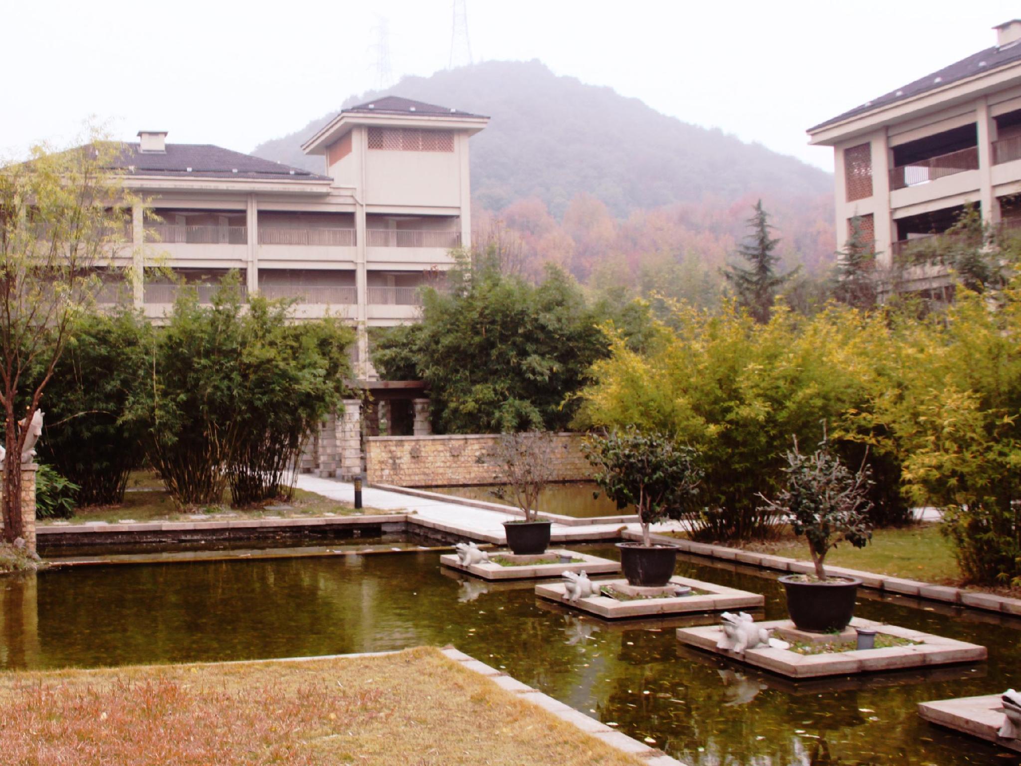 Review Hangzhou HNA Resort Yunqi