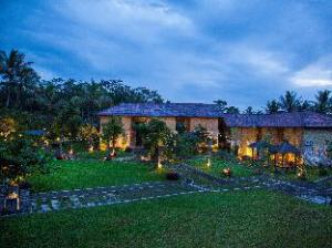 Sambi Resort, Spa & Resto