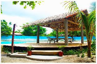 picture 1 of The Sharks Tail Dive Resort