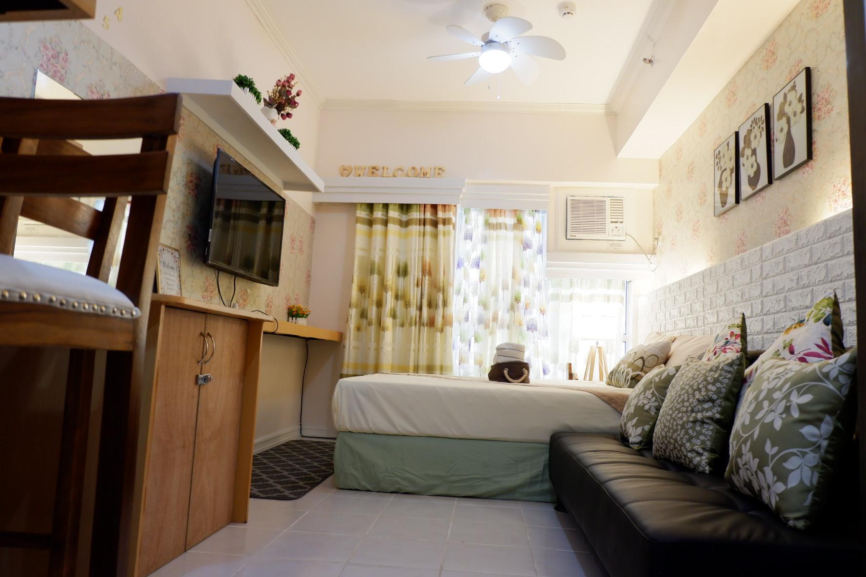 Studio Apartment At Tagaytay Prime Residences