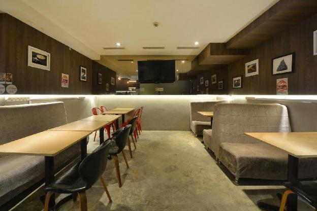RedDoorz Hostel @ Jalan Besar