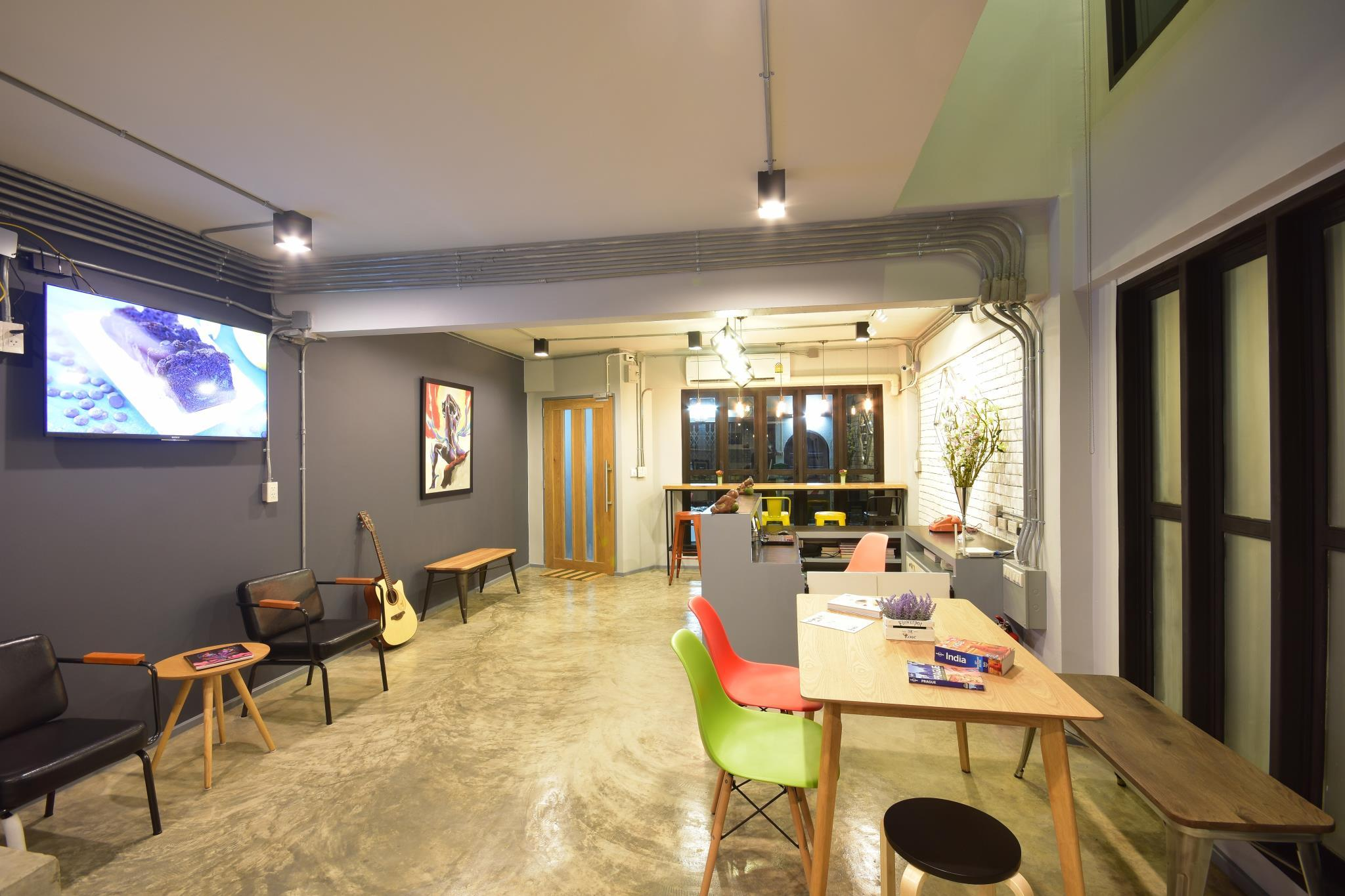 The Chatbox Silom Hostel Discount