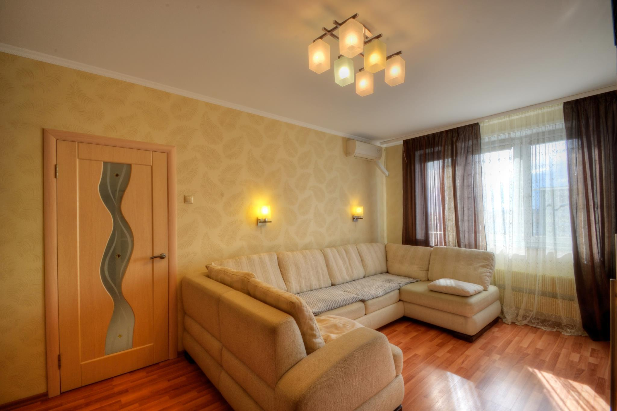 Luxury Apartments In Altufyevo With The Large Sofa