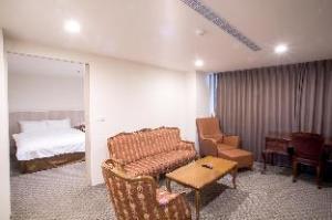 Huang Shin Business Hotel-Shang An