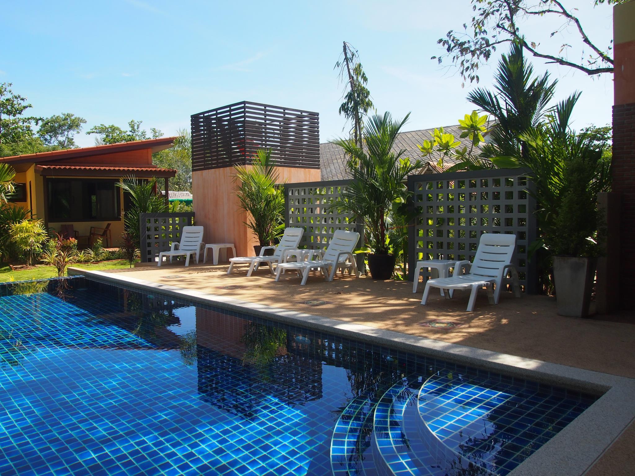 AT Bangsak Resort Discount
