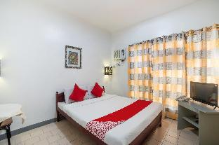 picture 2 of OYO 200 Ponce Suites Art Hotel