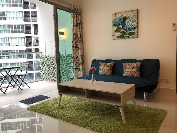 Regalia KLCC View@Maxhome 2BR Suite 2  Kuala Lumpur