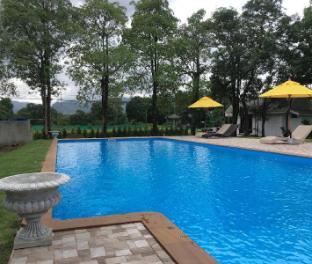 Home and Hill Resort โฮมแอนด์ฮิลล์ รีสอร์ท