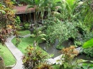 Gusti Garden Bungalows
