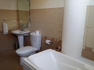 picture 2 of Hoyohoy Villas