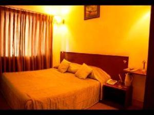 關於曼達普飯店 (Hotel Mandap)