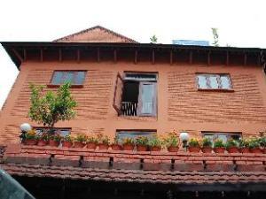 Hotel Mandap