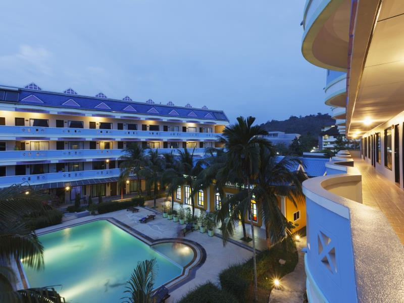Blue Carina Inn Hotel โรงแรมบลู คารินา อินน์