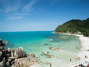 Crystal Bay Beach Resort คริสตัล เบย์ บีช รีสอร์ท