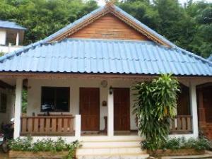 쿰숙 리조트  (Khumsuk Resort)