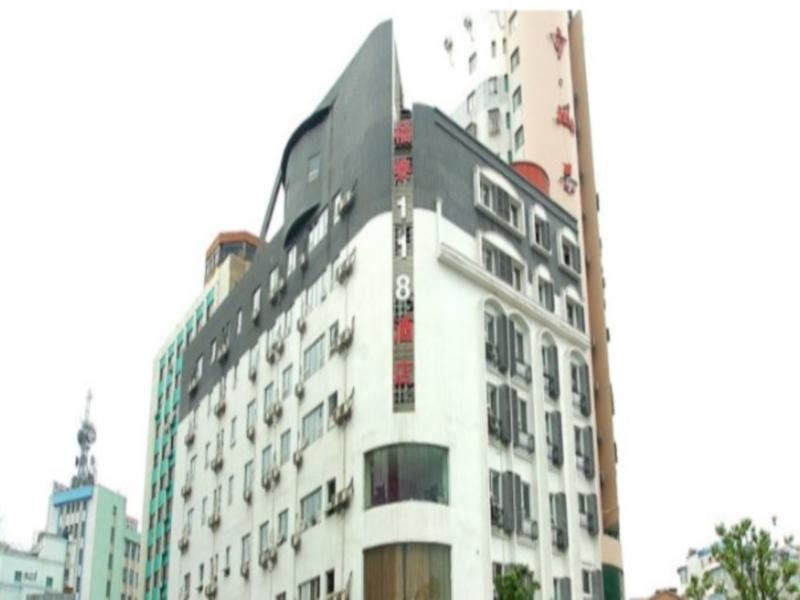 Futai 118 Hotel Jiujiang Yanshuiting Branch