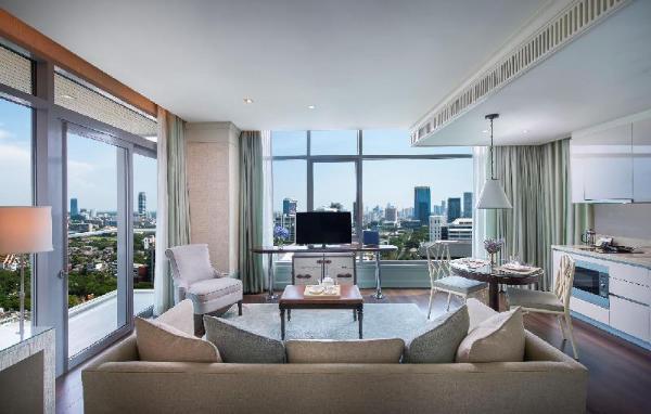 Oriental Residence Bangkok (SHA Certified) Bangkok