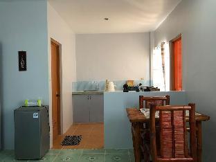 picture 4 of Genna's Tourist Inn