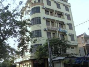 Ha Noi Quang Binh Hotel