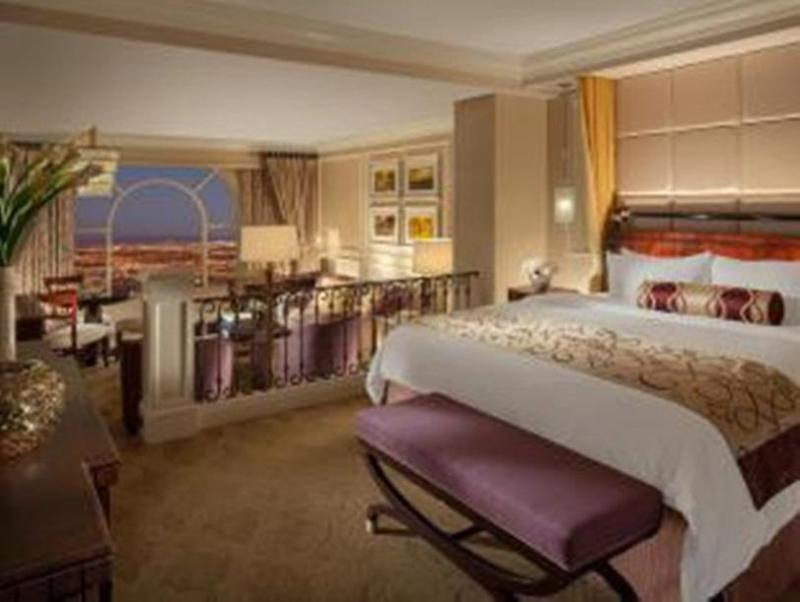 Book Now The Venetian Resort Hotel Casino (Las Vegas, United States). Rooms Available for all budgets. This 5-star Las Vegas Strip resort features spacious suites over 80 international restaurants a state-of-the-art casino and a 1.2 acre pool deck. The on-site Grand Canal Shopp