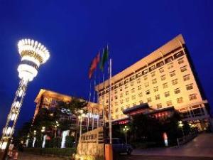惠州新都会大酒店 (New Metropolis Hotel)