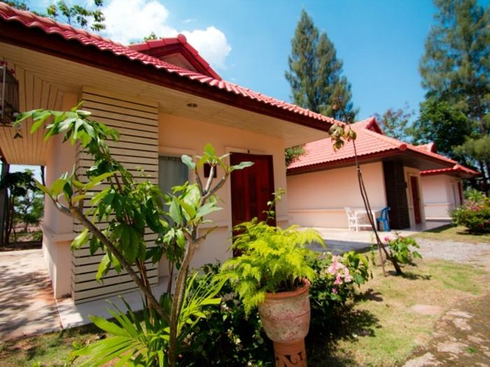 Faikham Resort