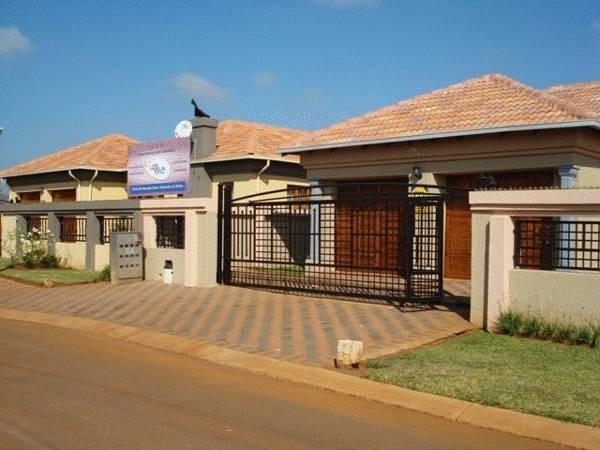 Lizvilla Guesthouse