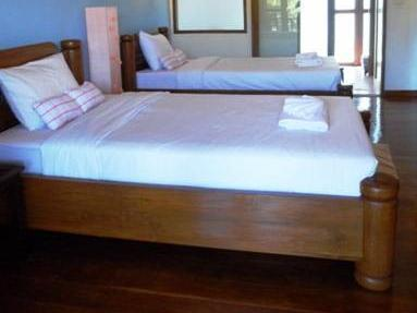 Superior Twin bed