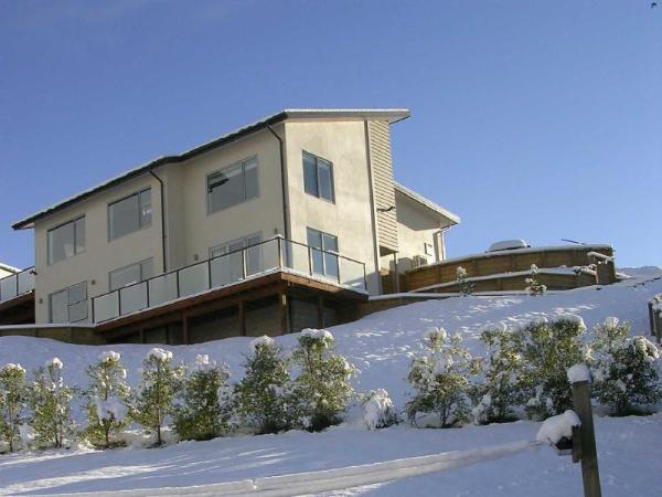 Criffel Peak View B & B & Apartment Wanaka