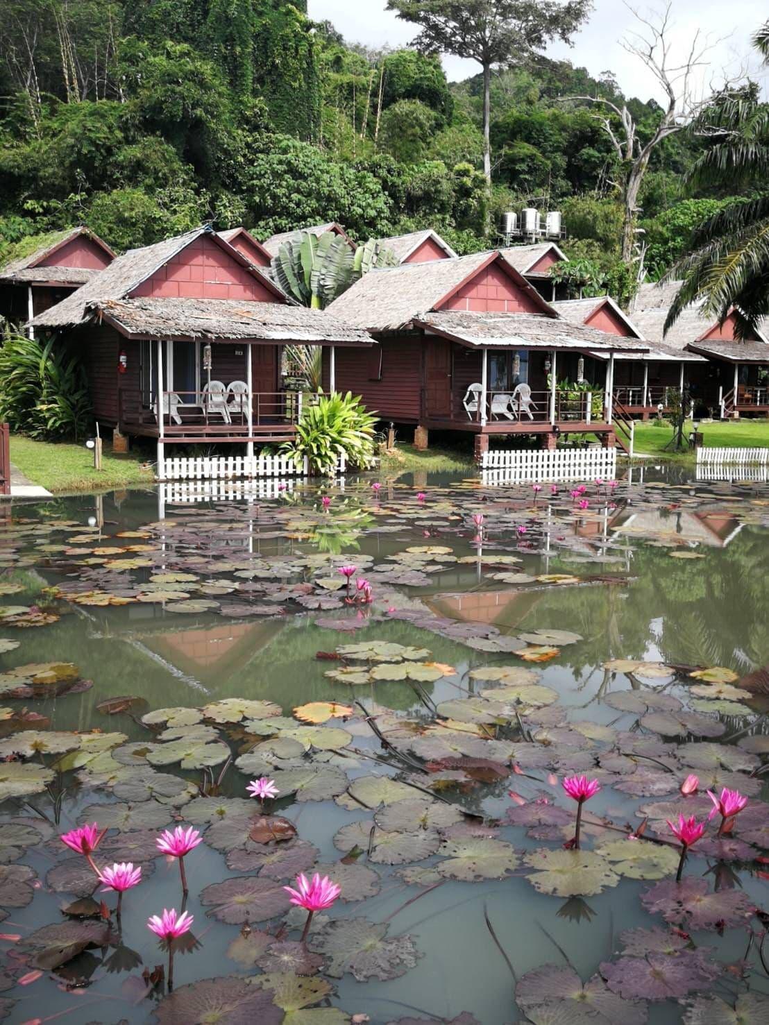 Holiday Resort Koh Yao Noi ฮอลิเดย์ รีสอร์ต เกาะยาวน้อย