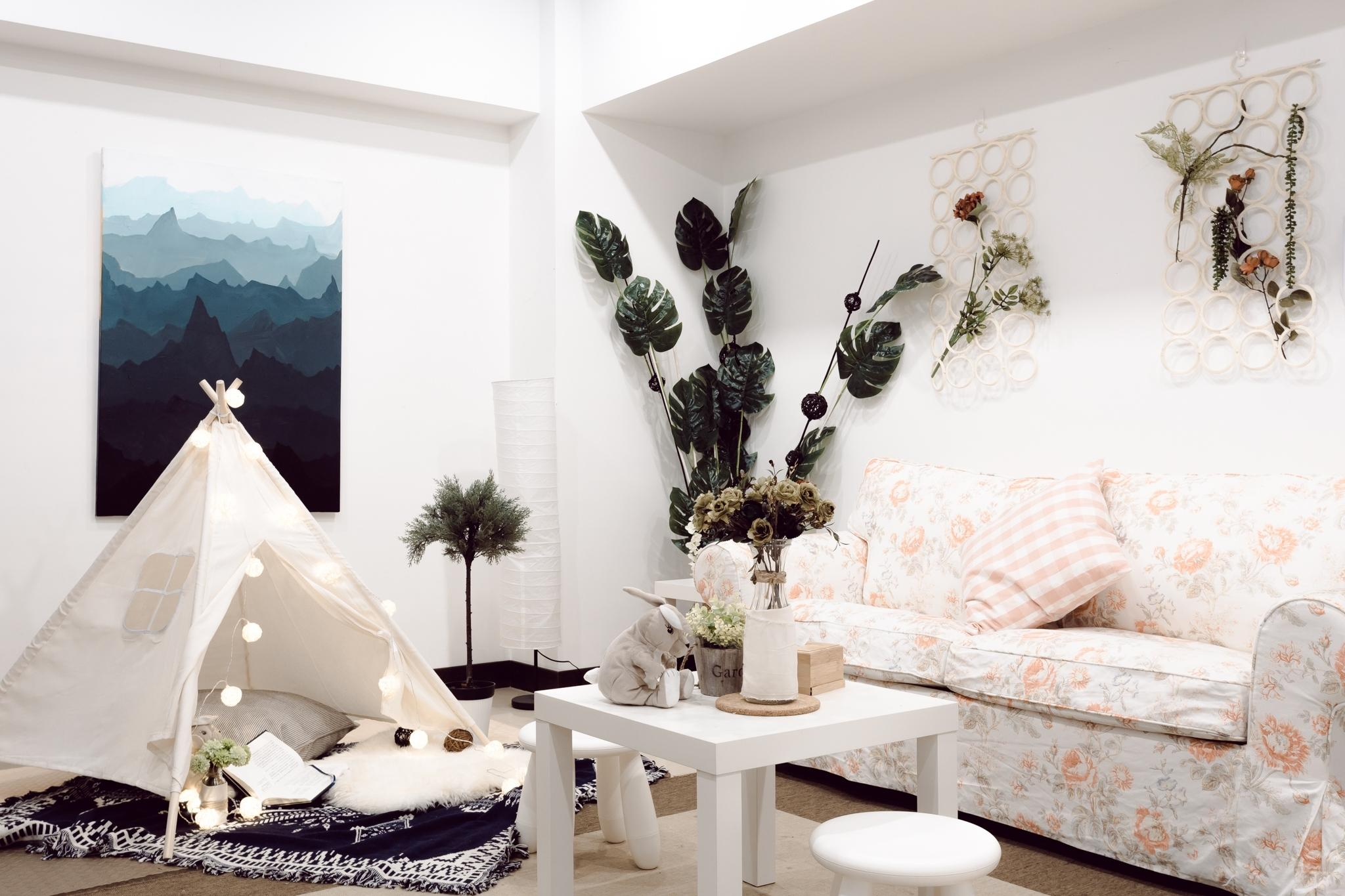 Two Bedrooms With Spacious Living Room