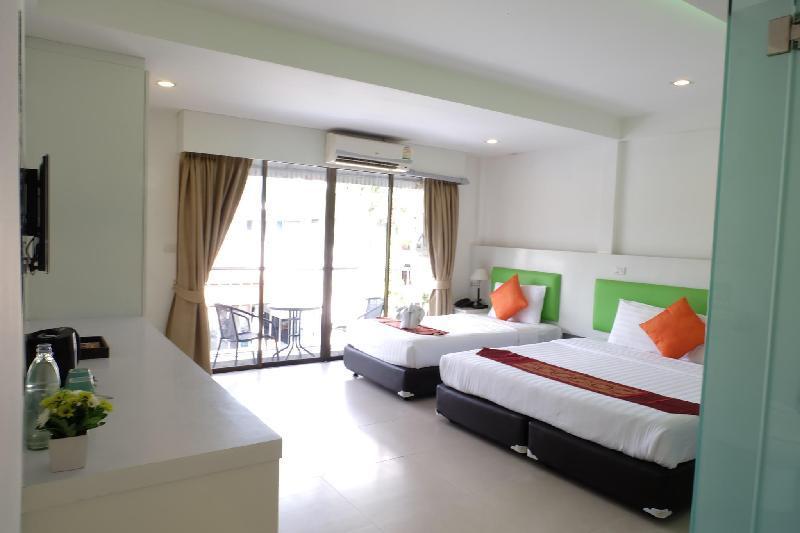Narry Patong Phuket By Icheck Inn