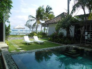 Aquaria Resort Candidasa