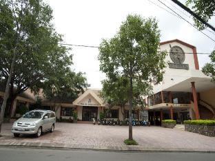 三达姆酒店