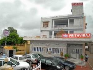 โรงแรมสตาร์ ปริธวิรัช (Star Hotel Prithviraj)