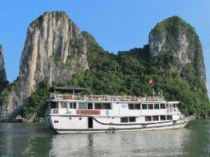 Oasis Bay Party Cruises